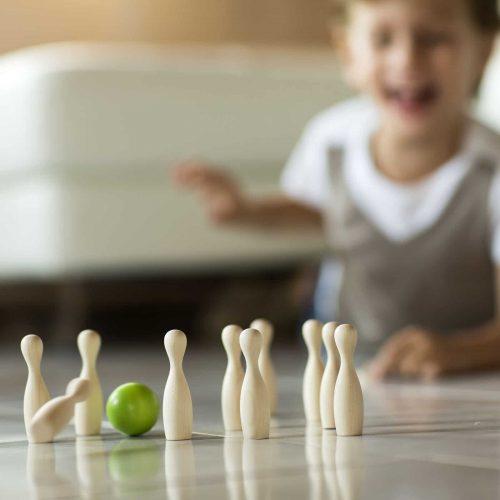 green mini bowling in legno 02