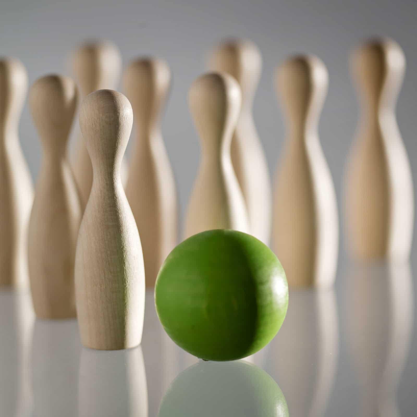 green mini bowling in legno green mini bowling in legno 03